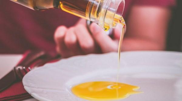 Kegunaan Minyak Zaitun Olive Oil